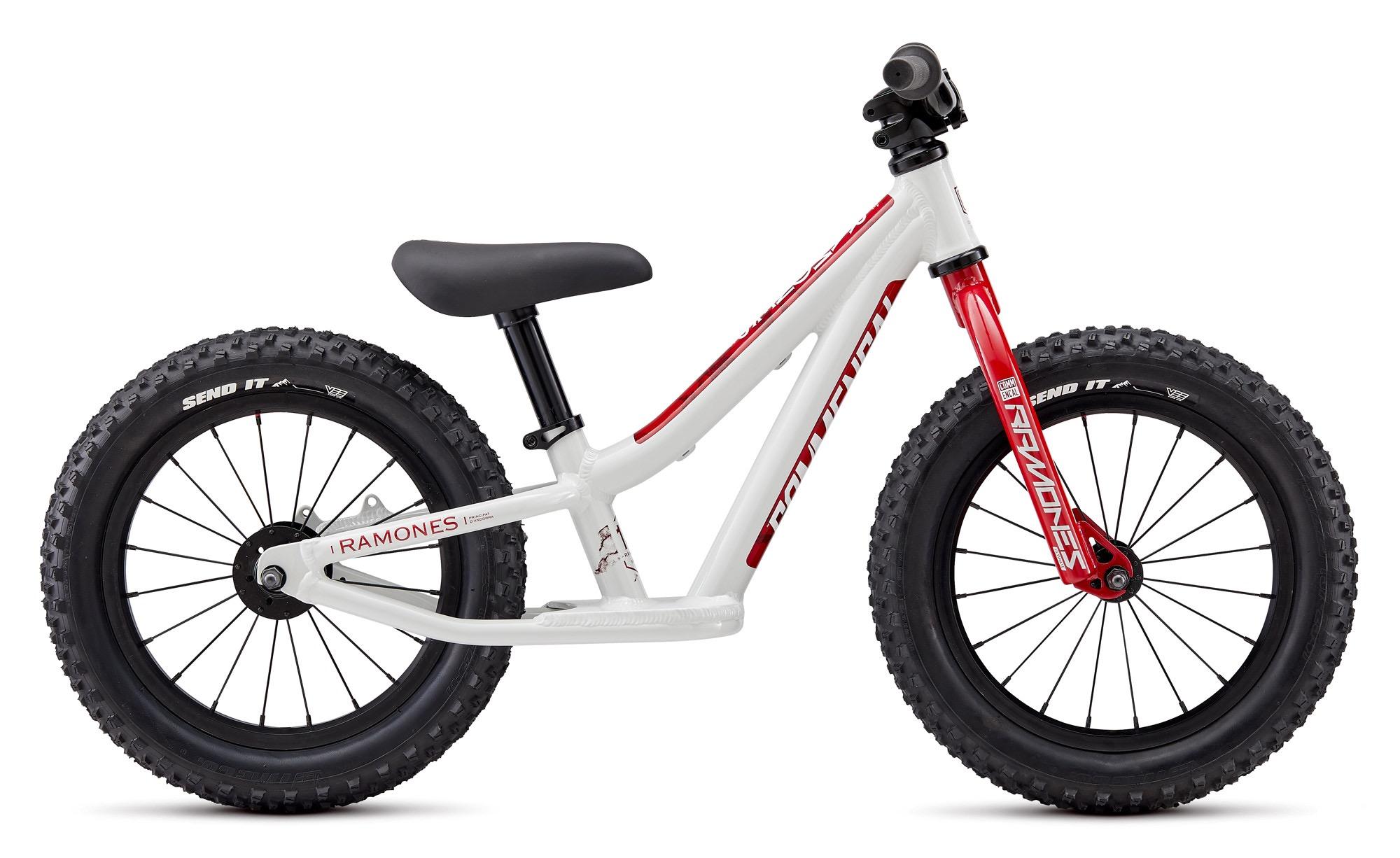 Taille Vélo 24 cm x 14 cm nouveau vélo Selle Enfants Selle Kids