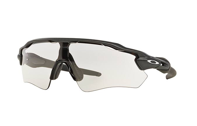 LUNETTES OAKLEY RADAR EV PATH STEEL/CLEAR TO BLACK